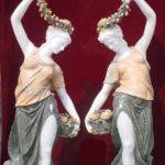 Статуи из природного камня